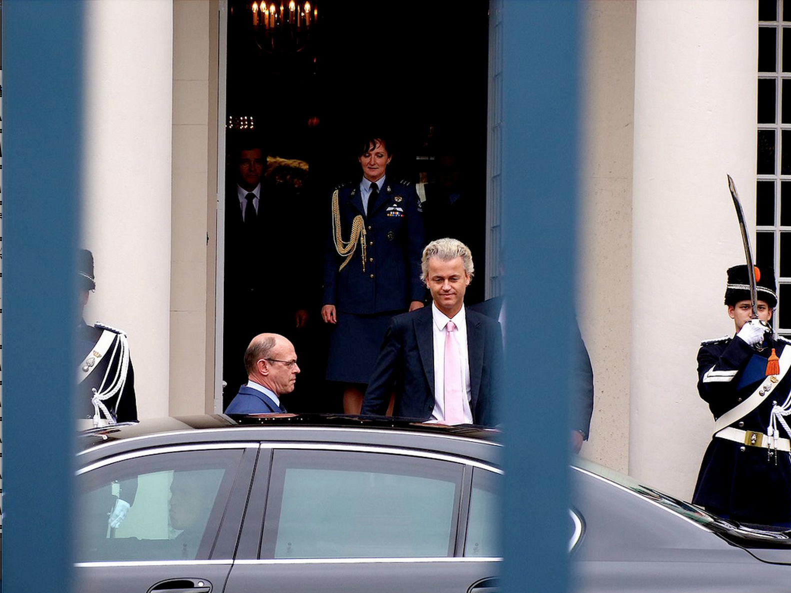 Geert Wilders Flouts EU Rules, Will Attempt to Sit in Dutch and European Parliaments