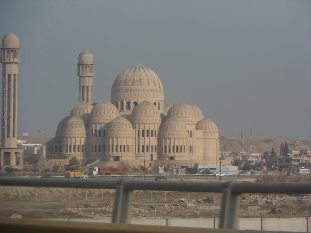 Jihadists Destroy Mosques and Shrines in Iraq