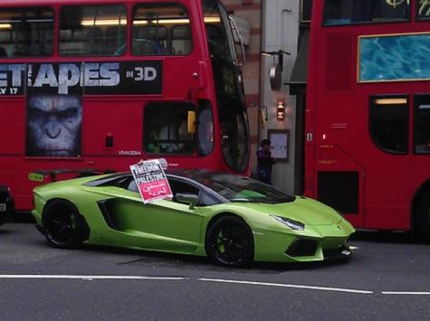 Super-Rich Stage Crass London Lamborghini Protest For Palestine