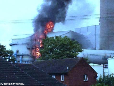 Huge Fire at Ferrybridge Power Station