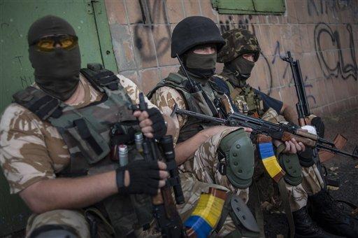 Russian Aid Trucks Leave for Eastern Ukraine