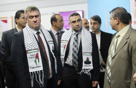 UK Consul General Wears Arab Keffiyeh Branding Israel as 'Free Palestine', MP Calls for Heads to Roll