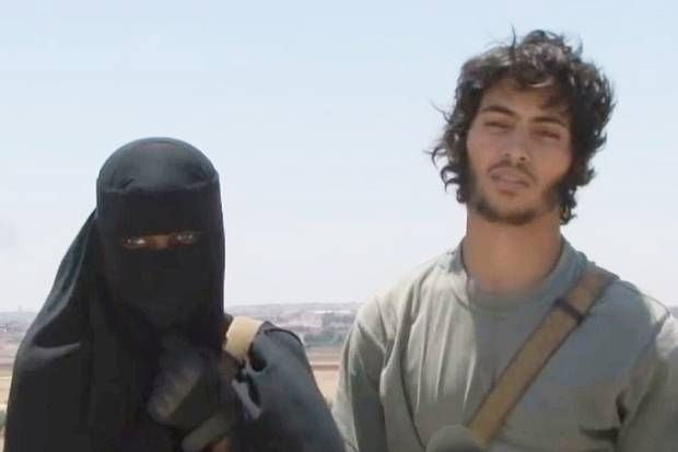 British ISIS Jihadi Campaigns For Her Equal Right To Behead Infidels