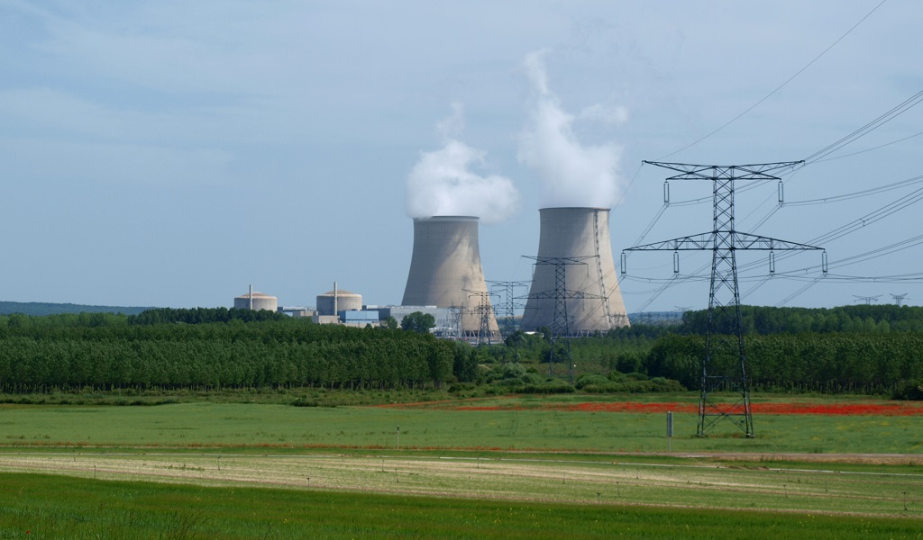 Mystery Drones Buzz Nuclear Power Plants in France, Police Investigating