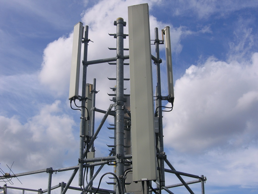 Mysterious Rise of Fake Mobile Phone Towers