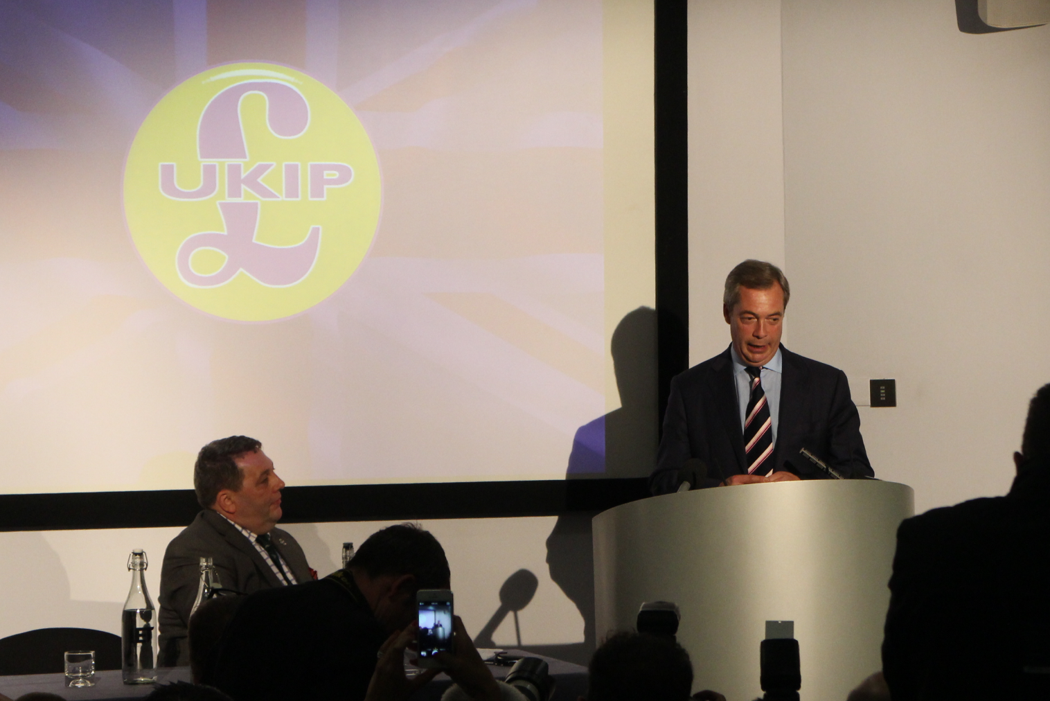 Farage in Scotland: 'This Is A Fake Referendum Offering Sham Independence'