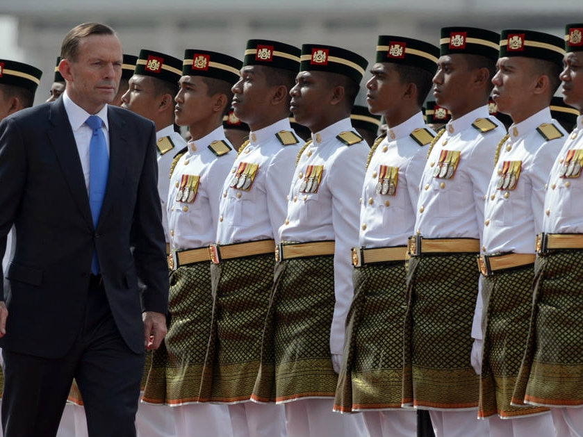 Australian PM Governs from Tent as He Keeps Vow to Aborigines