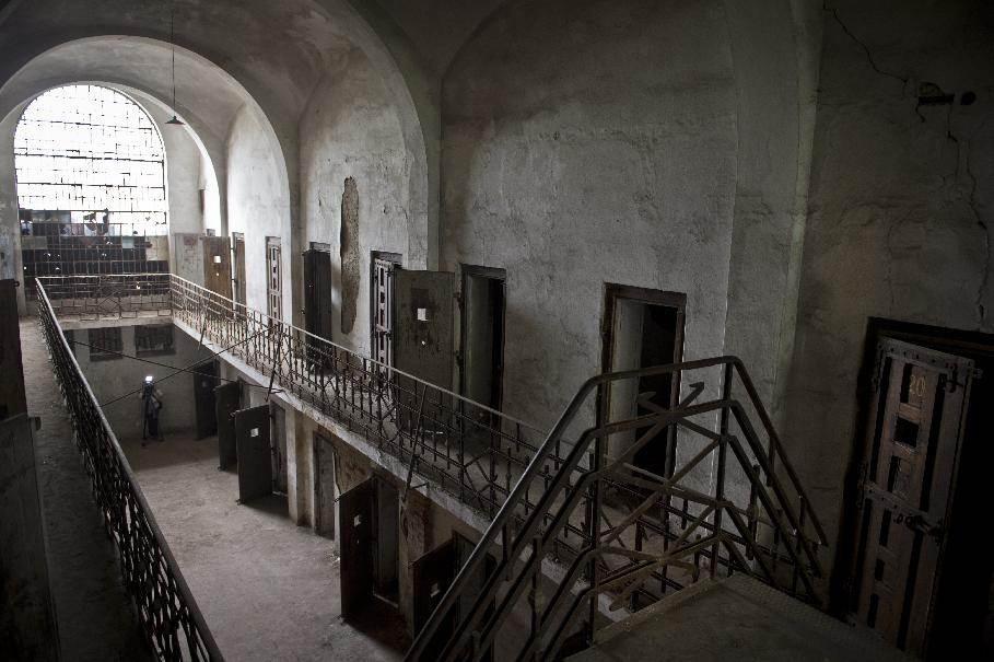 Romanian Communist-Era Prison Boss's Trial Set to Start
