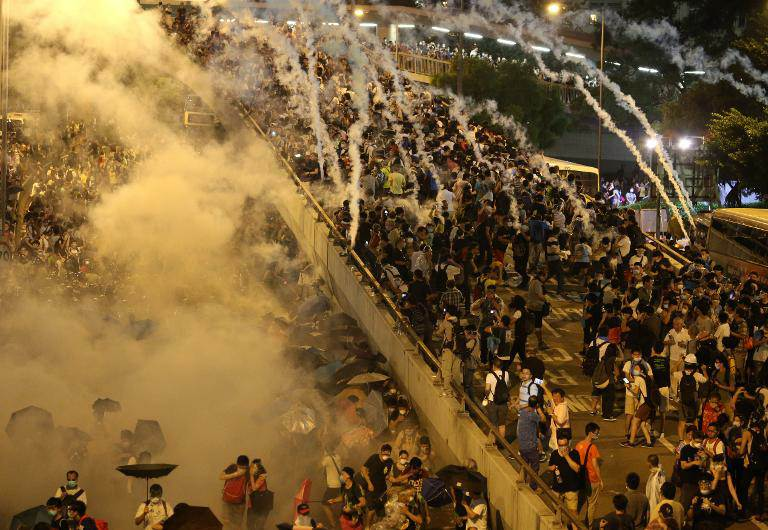 British Tear Gas Supplier to Review Policy over HK Protests