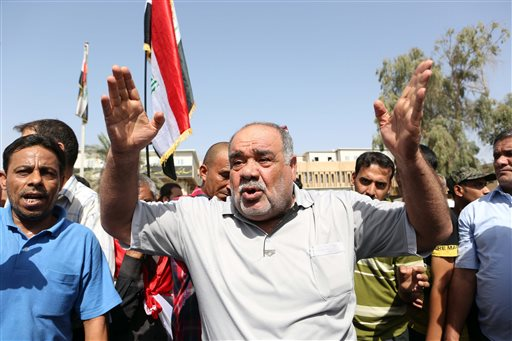 To Stem Extremists, Iraq to Reduce Baghdad's Power