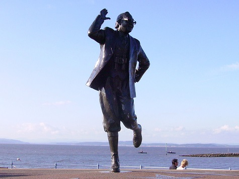 Arrest over bid to steal Eric Morecambe statue