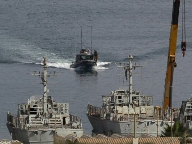 Israel Navy Arrests Seven Palestinian Fishermen off Gaza