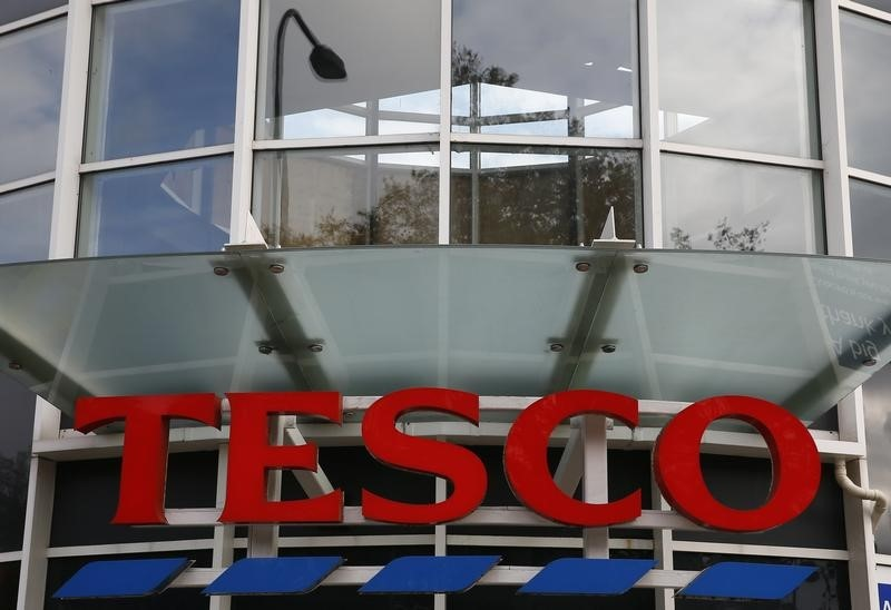 Without a Plan, Junk Status Looms for Britain's Tesco: Moody's