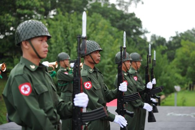 Burma Army Bristles Against Constitutional Change for Suu Kyi
