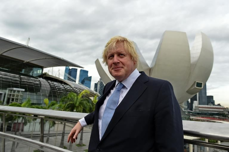 London Mayor Boris Johnson Backs British PM on EU Migration Curbs