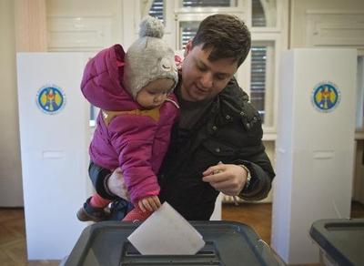 Pro-European Parties Narrowly Win Moldova Polls