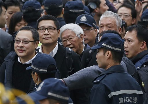 3 Hong Kong Protest Leaders Surrender to Police