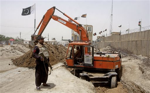 Pakistan Trench Along Afghan Border Enrages Kabul