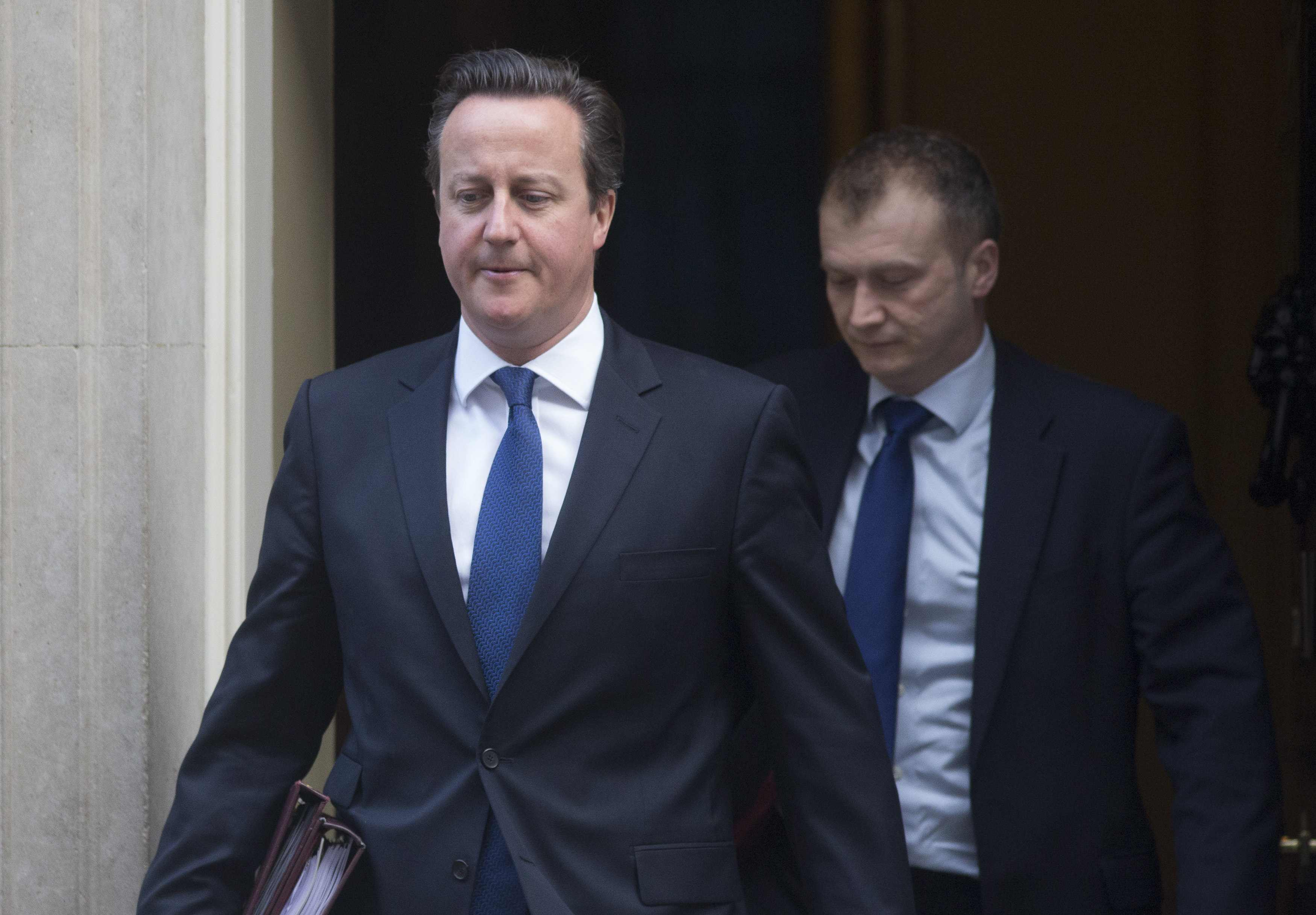 UK Governing Parties Stress Economic Differences Before Election