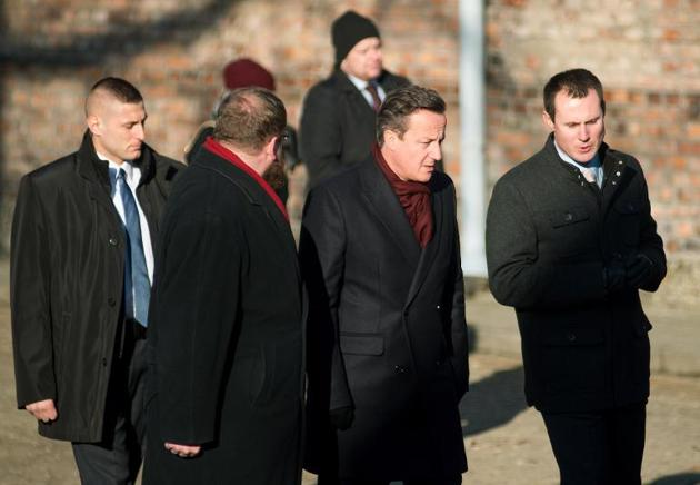 Cameron Honours Holocaust Victims at Auschwitz