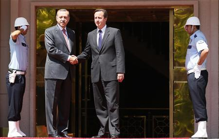 Cameron Still Wants Turkey to Join the EU