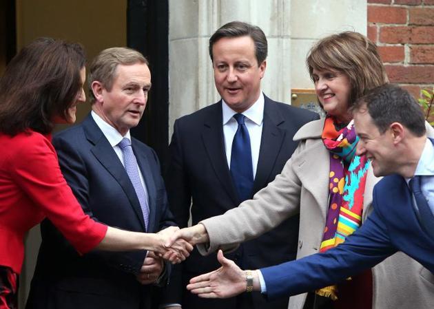 British and Irish Leaders Bid to Break Deadlock in Belfast