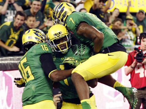 Oregon Player Faked Fiesta Bowl Injury so Teammate Could Play in First Bowl Game
