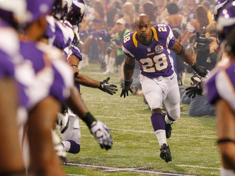 Zealous Prosecutor Wants Adrian Peterson Arrested for 'Smoked a Little Weed' Admission