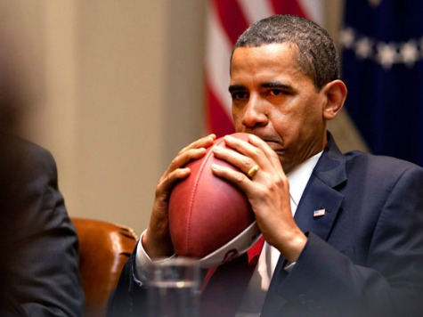 Obama Refers to High School Recruits as Draft Picks