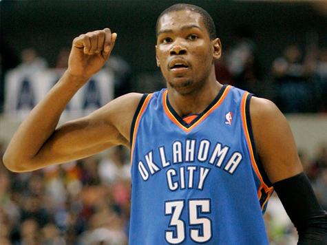 Under Armour Offers Kevin Durant $285 Million Deal