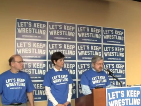 Iowa Gov. Branstad Launches Campaign to Keep Wrestling in Olympics