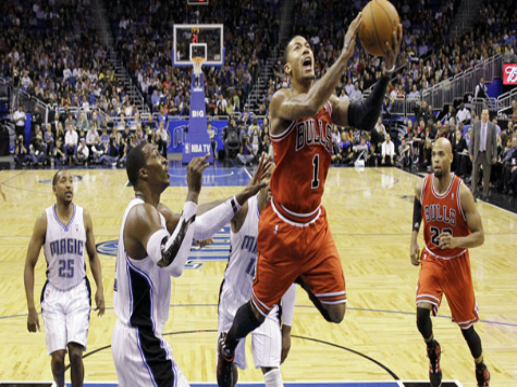Bulls Win by 30 without Rose, who Scrimmaged This Week