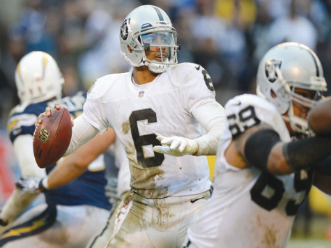 Pryor Says He is 'Ready' to Fulfill Expectations, be Raiders Quarterback