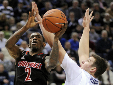 Louisville Dominates Second Half, Completes Final Four