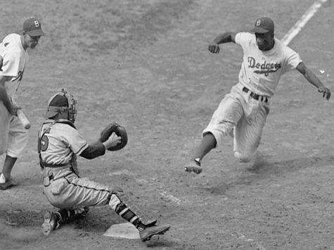 AP Compares Zimmerman Verdict to Sanford Expelling Jackie Robinson in 1946