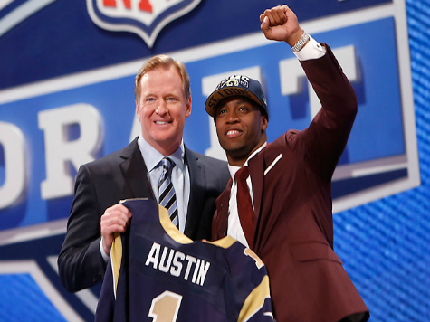 Friends, Family Come Out of the Woodwork for NFL Rookie