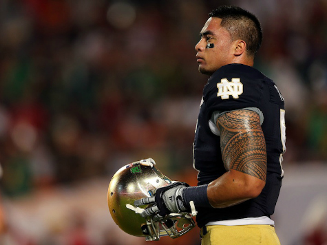 Te'o Attends Party Honoring Fake Girlfriend