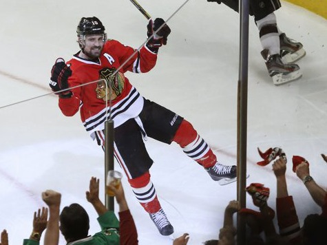 Blackhawks Come Alive In Second Period To Defeat Kings 2-1