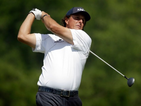 Mickelson Leads, 18 Holes from First US Open Title