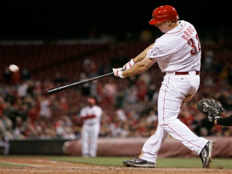 Bruce's 2-run HR Pulls Reds within Game of Braves