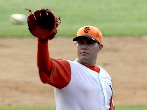 Cuban Ballplayer Announces Defection to U.S.