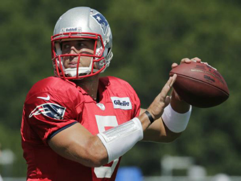 Brady Shines, Tebow Averages 7.8 ypc