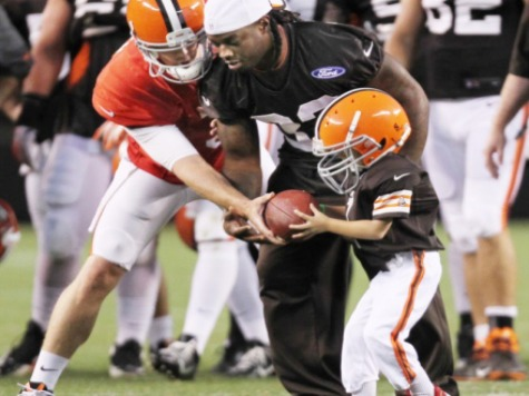 Cleveland Browns Honor 5 Year Old Cancer Survivor