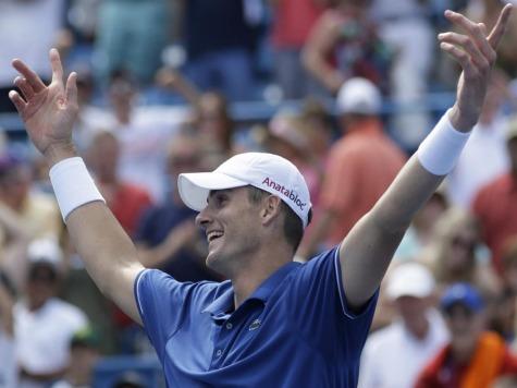 Isner Defeats Top-Ranked Djokovic in Cincinnati