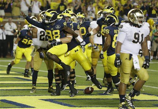 No. 17 Michigan beats No. 14 Notre Dame 41-30