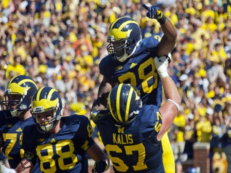 #11 Michigan Survives Scare From Akron, 28-24
