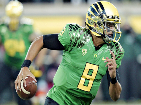Heisman Watch: Idle Mariota Takes Top Spot