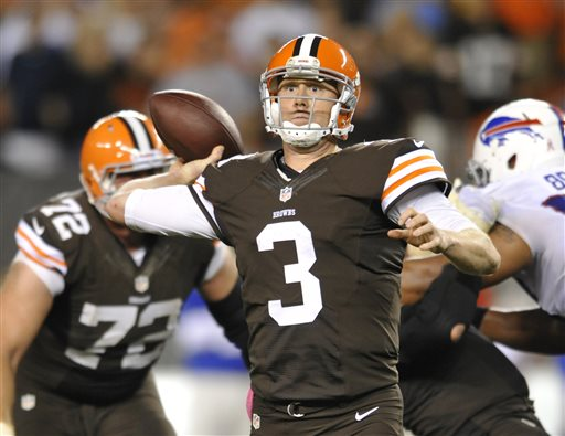 Weeden Rallies Browns Past Bills After Starting QBs for Both Teams Leave with Injuries