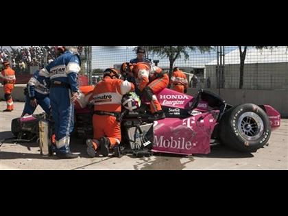 IndyCar Star Franchitti, Fans Hospitalized After Houston Crash