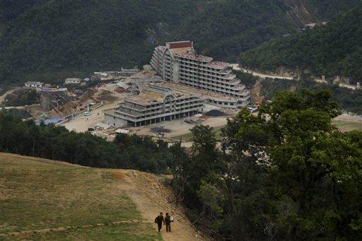 North Korea Rushes to Finish Lavish Ski Resort